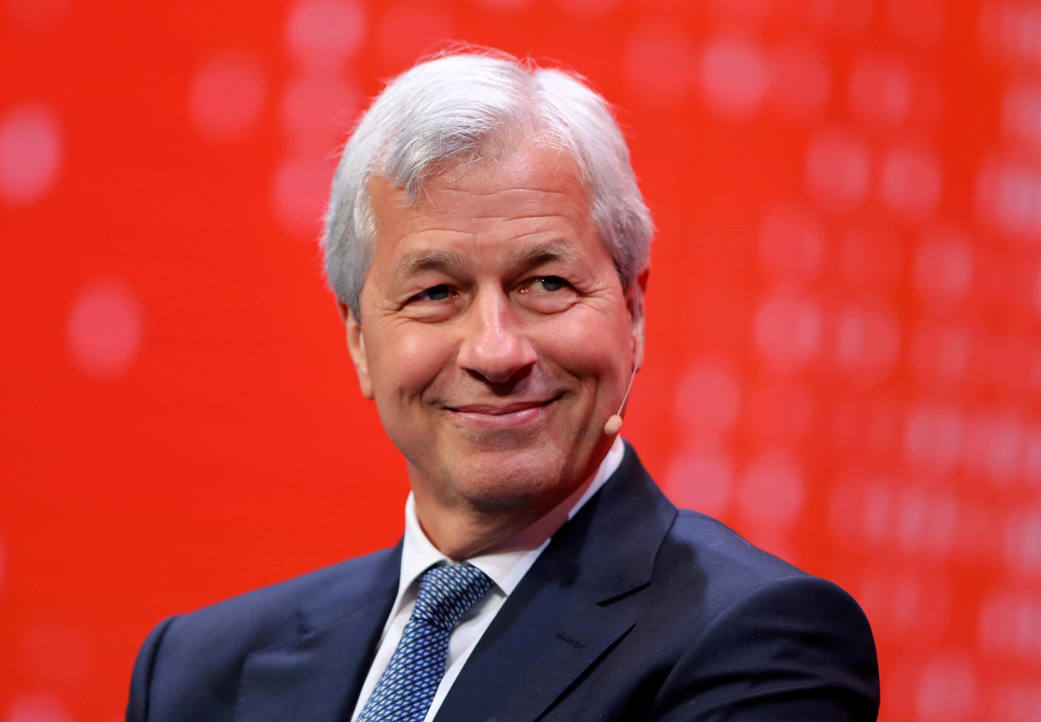 Lãnh đạo JP Morgan: bitcoin chỉ là trò lừa - Ảnh 1.