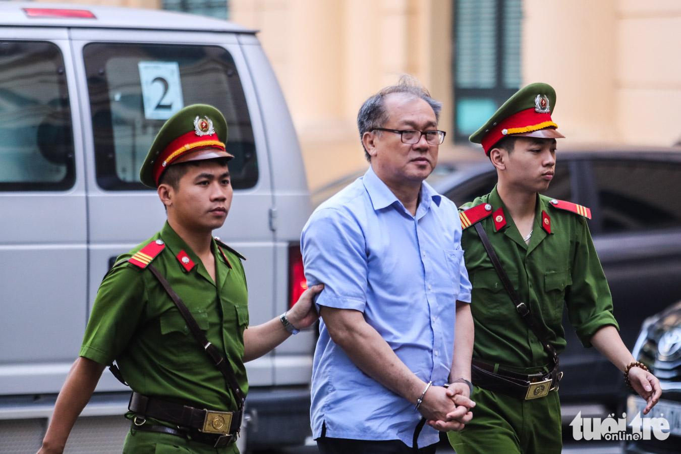 Đề nghị tử hình Nguyễn Xuân Sơn, tù chung thân Hà Văn Thắm - Ảnh 5.
