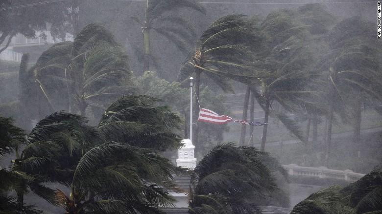 Bão Irma trút cơn thịnh nộ xuống Florida - Ảnh 4.