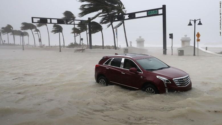 Bão Irma trút cơn thịnh nộ xuống Florida - Ảnh 6.