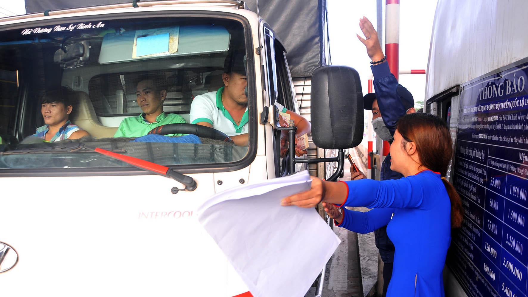 Vì sao tài xế phản kháng trạm thu phí tuyến tránh Biên Hòa? - Ảnh 1.