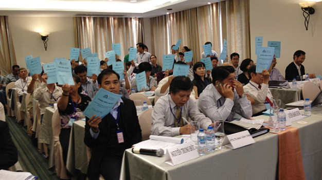 Dời ngày xử vụ lãnh đạo cũ ĐH Hoa Sen kiện UBND TP.HCM - Ảnh 1.