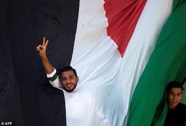 Hamas và Fatah đạt thỏa thuận hòa giải lịch sử - Ảnh 1.