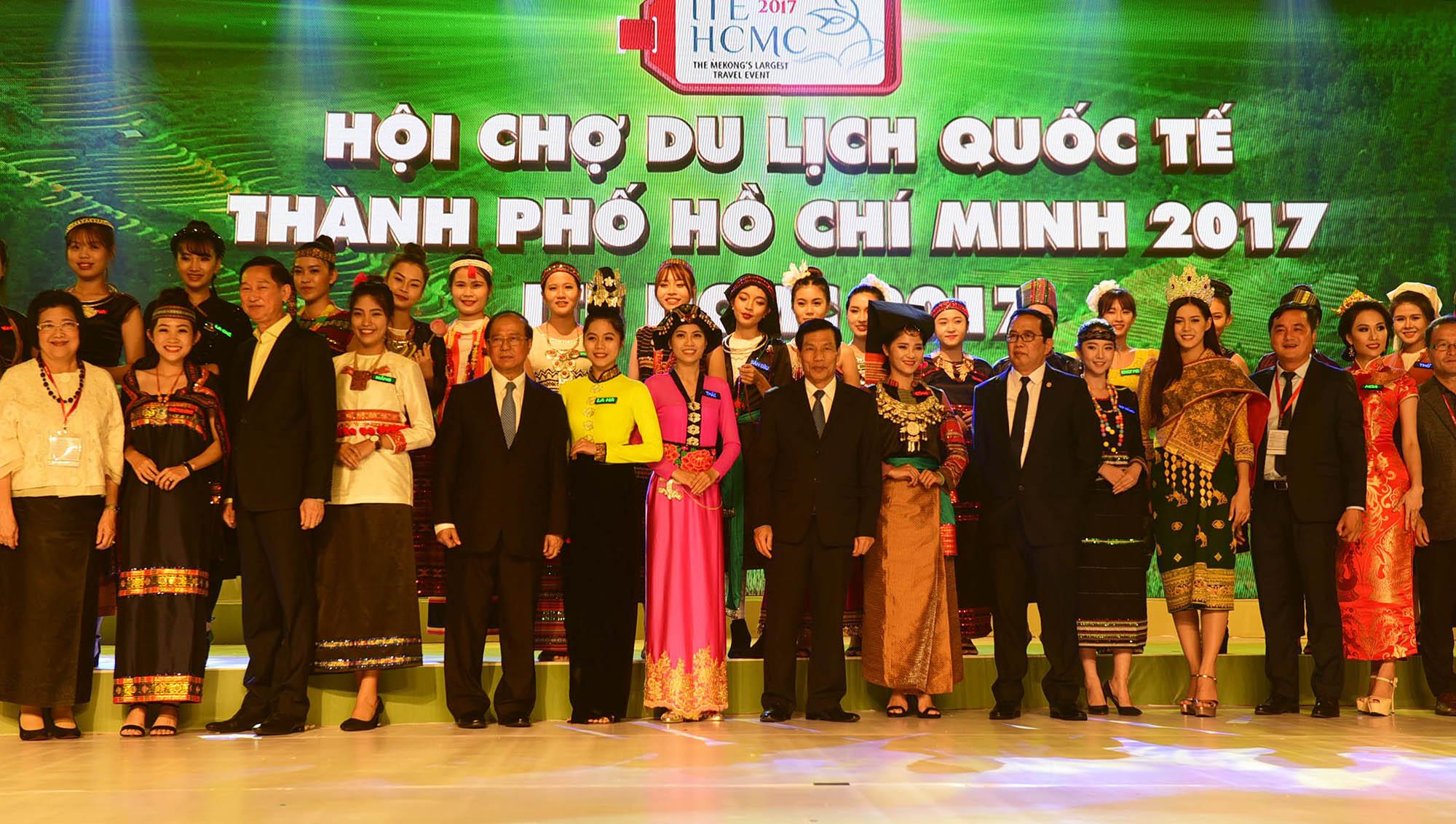 Hội chợ du lịch quốc tế TP.HCM tưng bừng từ 7 đến 9-9 - Ảnh 6.