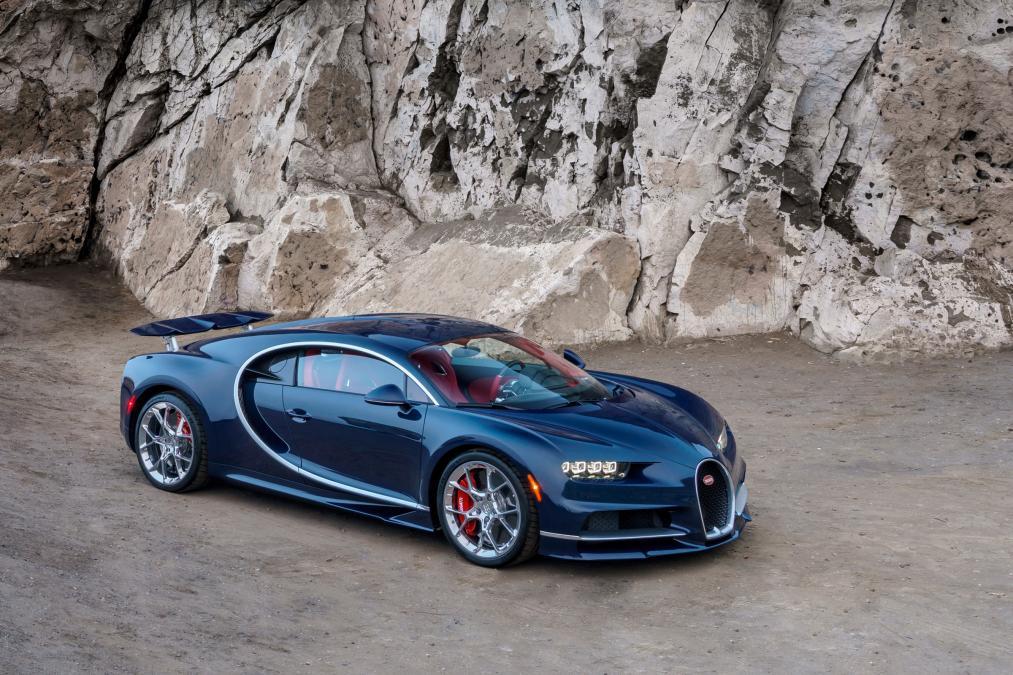 Chỉ 32 giây, Bugatti Chiron tăng tốc từ 0 lên 400km - Ảnh 1.