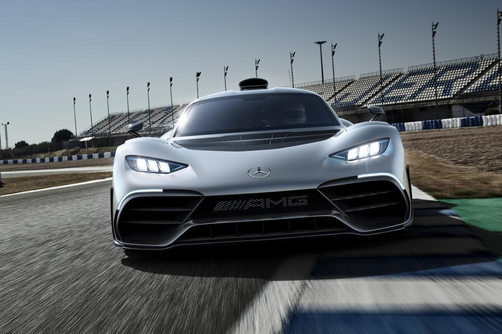 Mercedes ra mắt siêu xe hybrid: khi xe đua thành xe chạy trên phố - Ảnh 3.