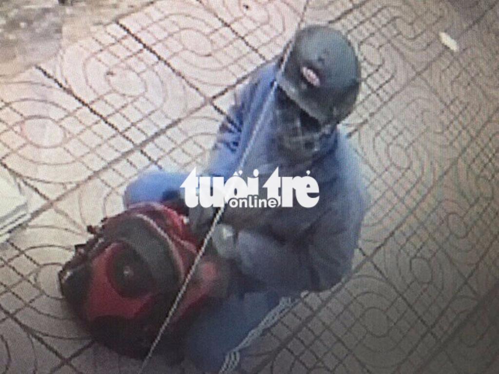 Tạm giữ anh trai nghi can cướp ngân hàng HD Bank ở Đồng Nai - Ảnh 2.