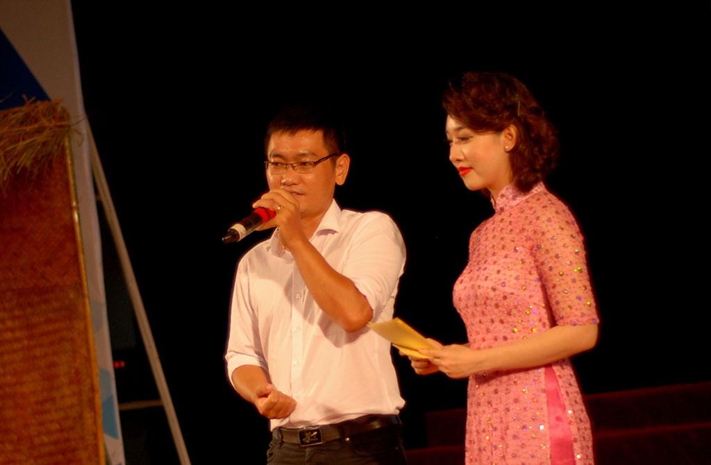 204 suất học bổng nghĩa tình cho tân sinh viên nghèo Quảng Trị - Ảnh 7.