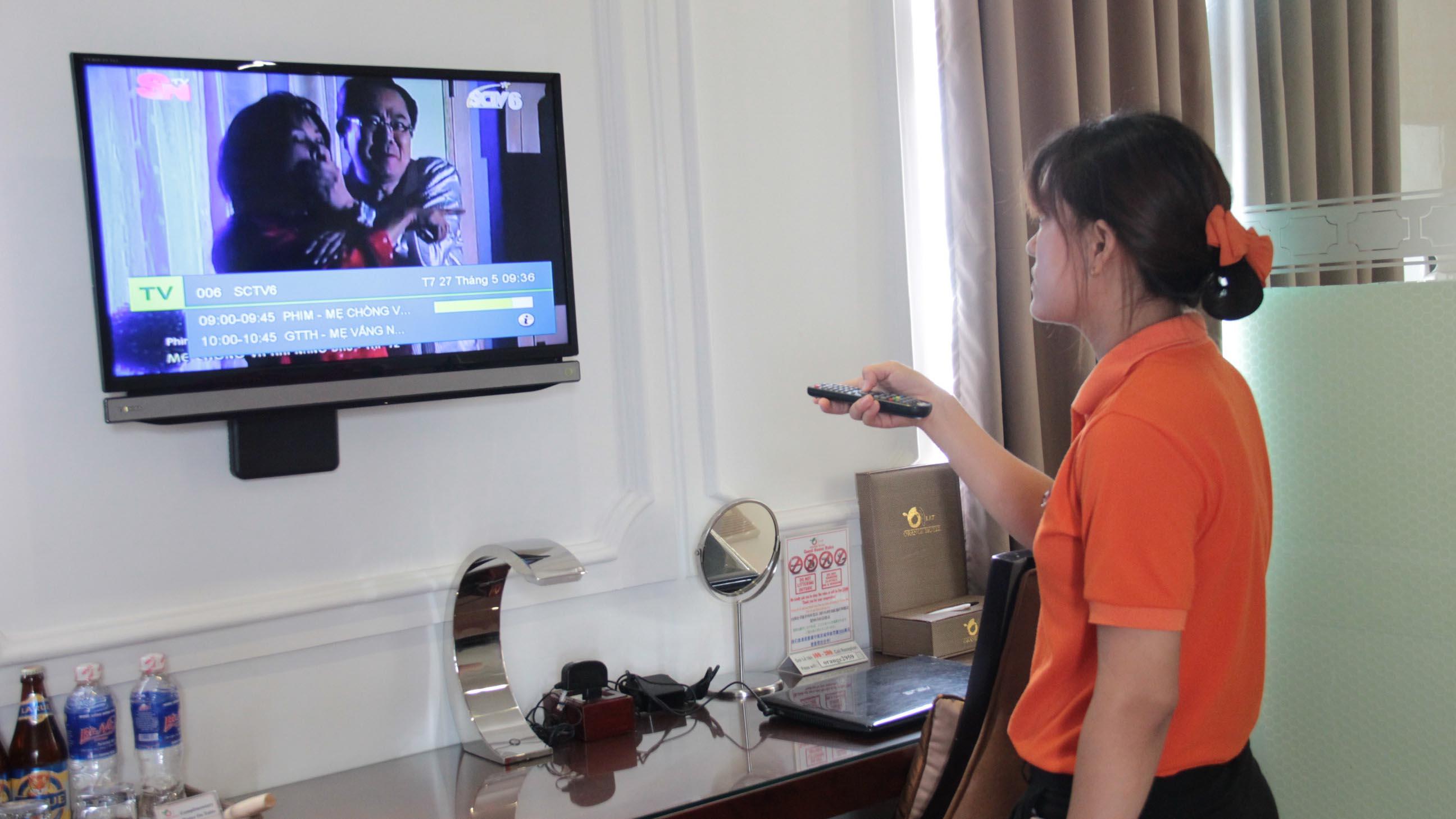 Tác quyền âm nhạc tivi trong khách sạn sẽ đếm bằng... tay - Ảnh 1.