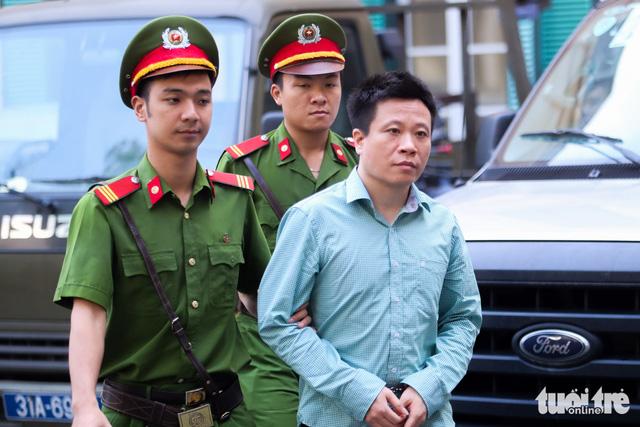 Đề nghị tử hình Nguyễn Xuân Sơn, tù chung thân Hà Văn Thắm - Ảnh 1.