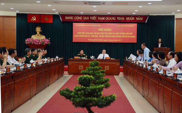 Bộ Quốc phòng sẽ hỗ trợ đất để giảm ùn tắc cho TP.HCM - Ảnh 1.