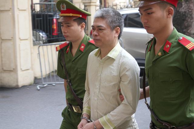 Hà Văn Thắm nói đã kiểm soát để Nguyễn Xuân Sơn không tham ô - Ảnh 1.