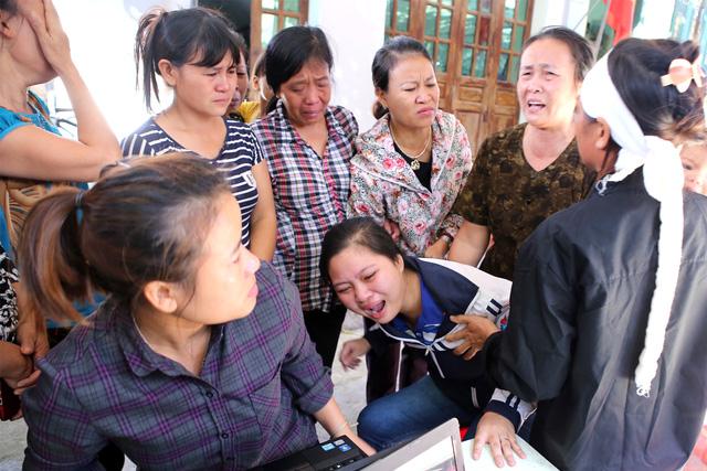 Tiếc thương Đinh Hữu Dư, một nhà báo trẻ dũng cảm - Ảnh 1.