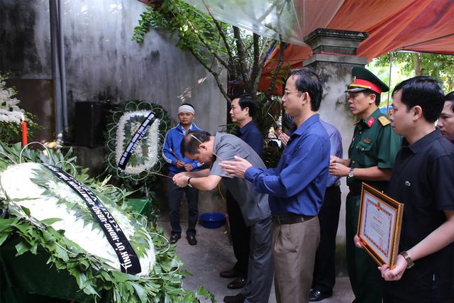 Tiếc thương Đinh Hữu Dư, một nhà báo trẻ dũng cảm - Ảnh 2.