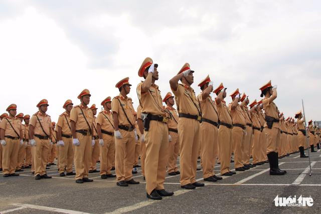 Gần 800 cảnh sát giao thông xuất quân bảo vệ APEC 2017 - Ảnh 8.