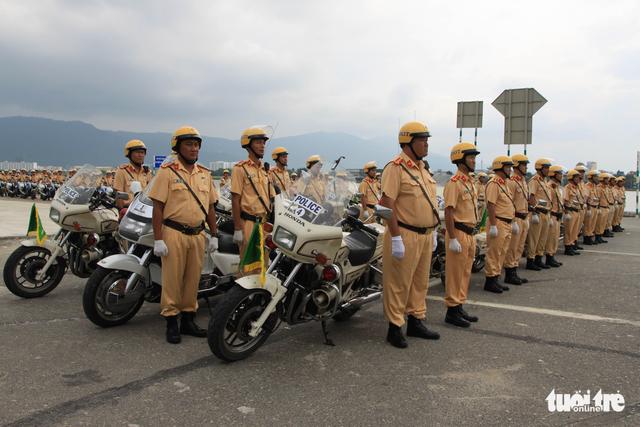 Gần 800 cảnh sát giao thông xuất quân bảo vệ APEC 2017 - Ảnh 9.