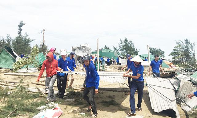 Nghệ An thiệt hại gần 700 tỉ trong bão số 10 - ảnh 1