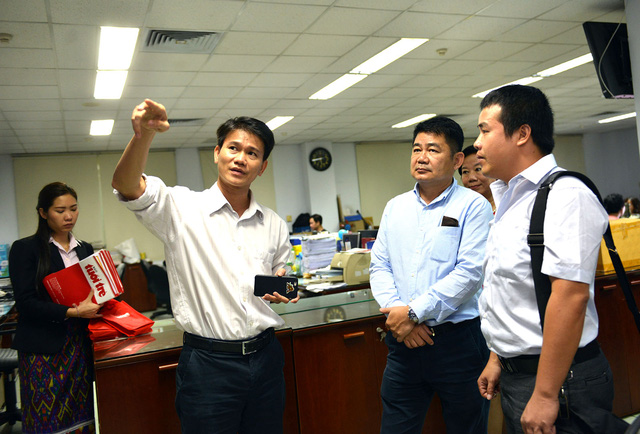 Đoàn nhà báo Lào tham quan báo Tuổi Trẻ - Ảnh 6.