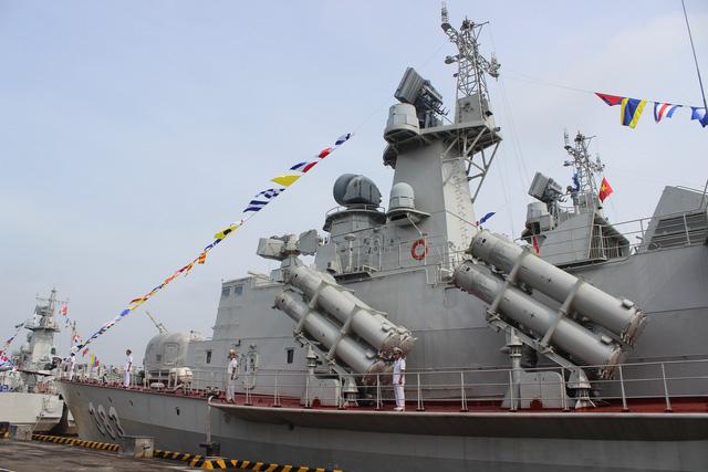 Thượng cờ 2 tàu tên lửa tấn công nhanh do Việt Nam đóng - Ảnh 13.