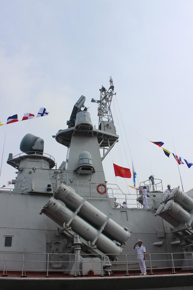 Thượng cờ 2 tàu tên lửa tấn công nhanh do Việt Nam đóng - Ảnh 10.