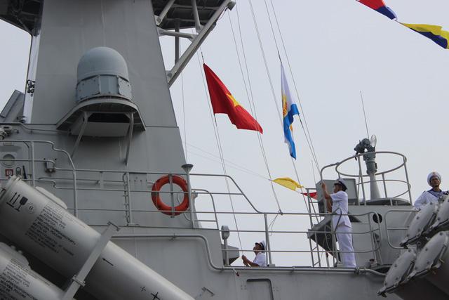 Thượng cờ 2 tàu tên lửa tấn công nhanh do Việt Nam đóng - Ảnh 3.