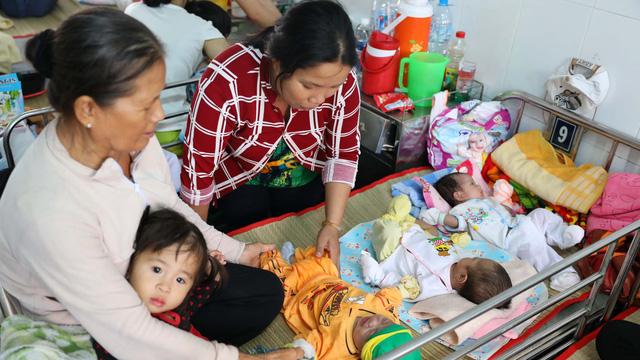 Trẻ bệnh hô hấp nhập viện tăng nhanh - Ảnh 1.