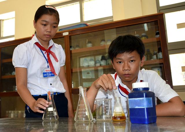 Công trình chống ô nhiễm ở làng nghề của học trò lớp 9 - Ảnh 1.