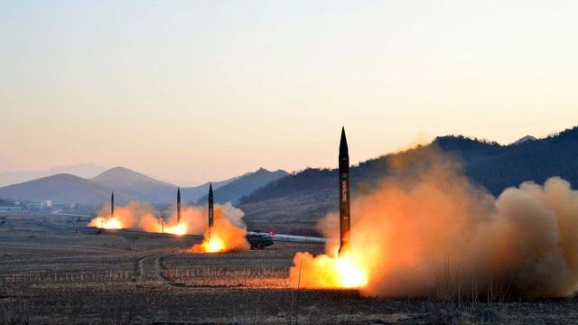 Trung Quốc thuận tình trừng phạt Triều Tiên thêm nữa - Ảnh 1.