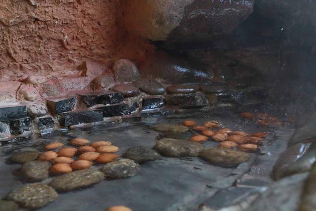 Ẩm thực ba miền độc đáo tại Núi Thần Tài Đà Nẵng - Ảnh 3.