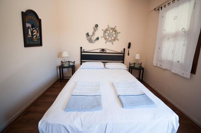 Phòng ngủ nhỏ nhưng vẫn đẹp ngất ngây nhờ khéo bố trí - Ảnh 8.
