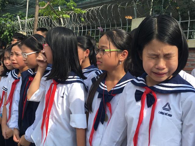 Nghẹn ngào đưa tiễn PGS-TS Văn Như Cương về cõi vĩnh hằng - Ảnh 15.