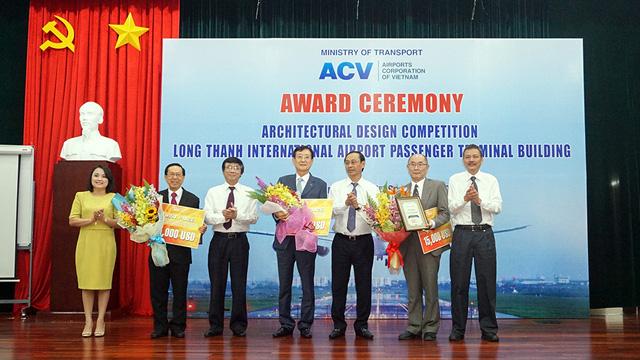 Trao 3 đồng giải nhất thiết kế nhà ga sân bay Long Thành - Ảnh 1.