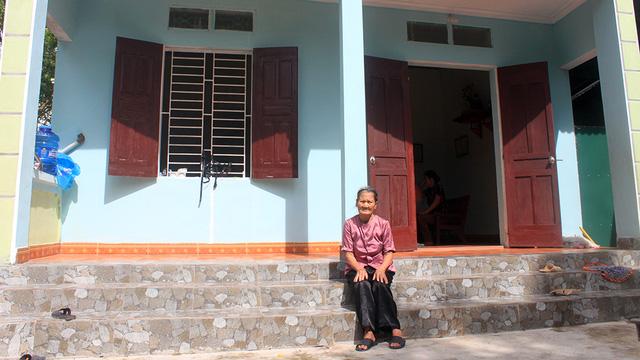 Vợ liệt sỹ 85 tuổi mòn mỏi chờ tiền hỗ trợ làm nhà - Ảnh 1.
