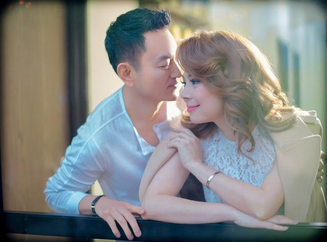 Thanh Thảo tình tứ cùng bạn đời trong album Valentine - Ảnh 5.