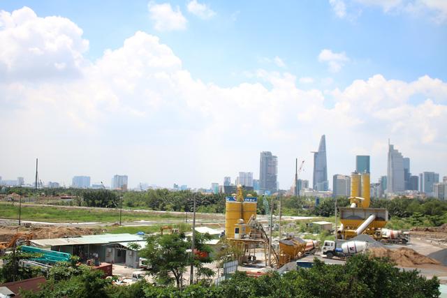 5,54 tỷ USD vốn ngoại rót vào bất động sản Việt Nam trong 6 tháng 2018 - Ảnh 1.