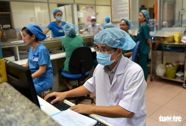 Bệnh viện không được từ chối, chậm trễ cấp cứu trong Tết - Ảnh 1.
