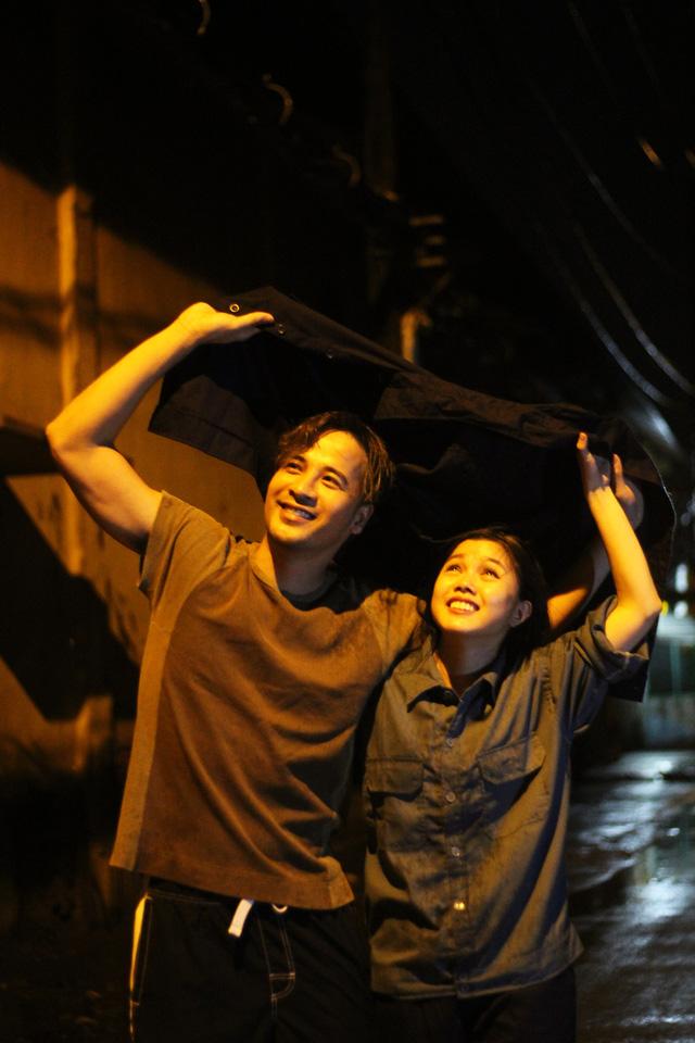 Tết hẹn nhau ở Ngã tư Sài Gòn  - Ảnh 1.