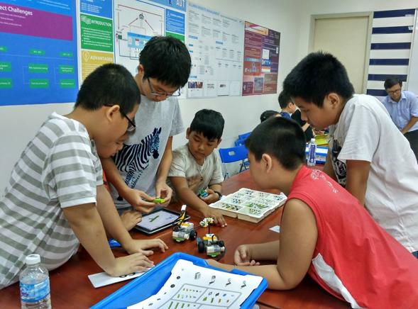 Dạy toán bằng tiếng Anh miễn phí cho học sinh 6-12 tuổi