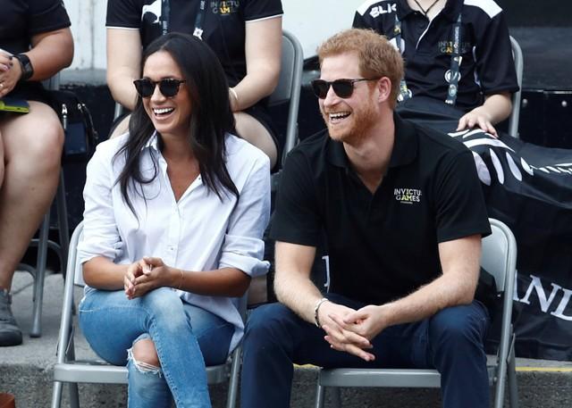 Hoàng tử Anh Harry đính hôn với nữ diễn viên Mỹ - Ảnh 1.