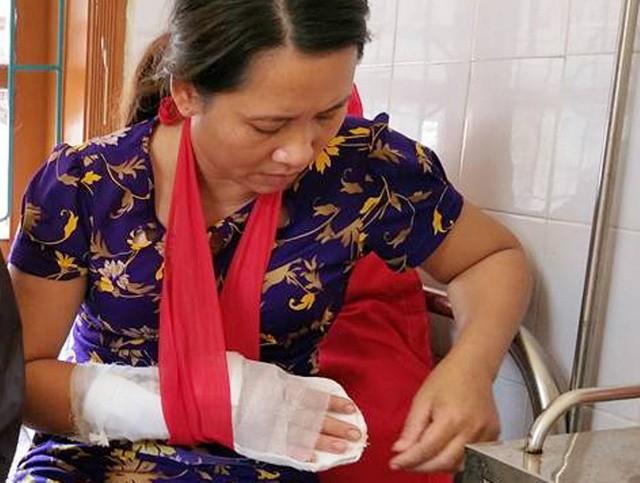 Bắt khẩn cấp người chém phó trưởng trạm y tế ở Hà Tĩnh - Ảnh 1.