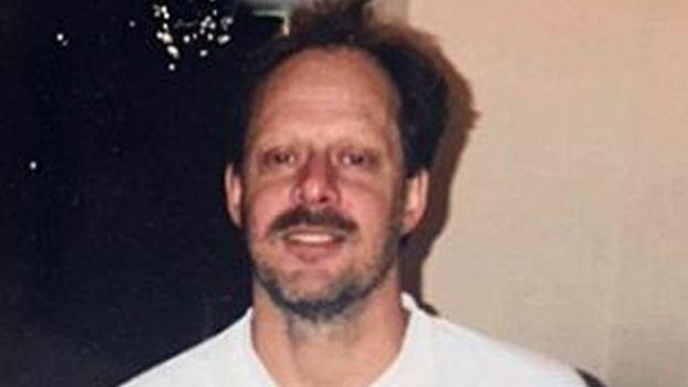 Người Mỹ bối rối về động cơ của hung thủ vụ xả súng Las Vegas - Ảnh 2.