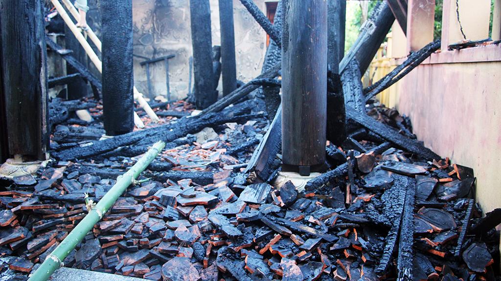Hỏa hoạn thiêu rụi đền Độc Lôi Sơn ở Nghệ An - Ảnh 3.