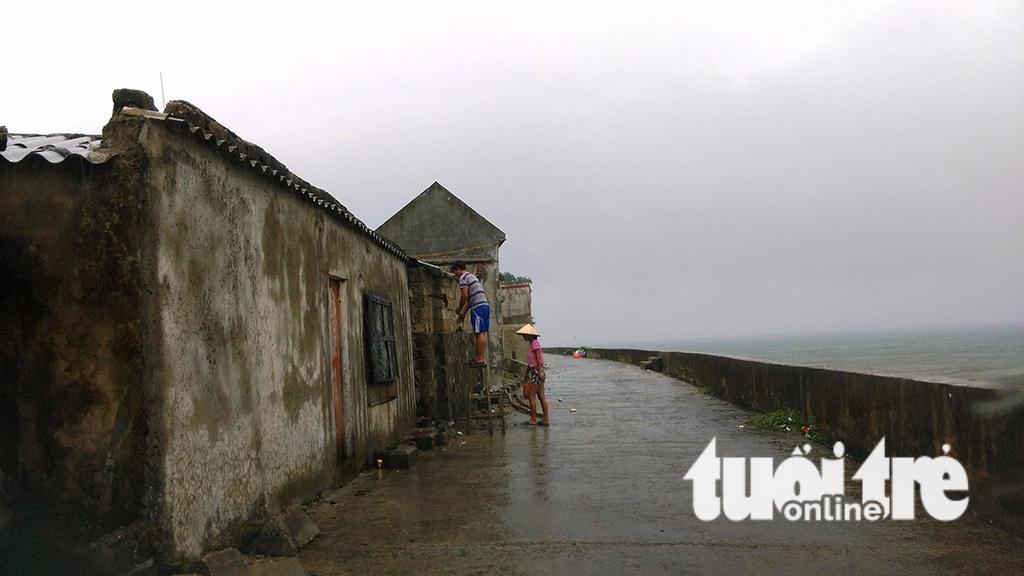 Hà Tĩnh sơ tán hơn 47.000 người trước bão số 10 - Ảnh 4.