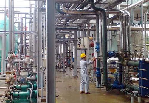 Đảm bảo an toàn trong sản xuất, kinh doanh hóa chất - Ảnh 1.