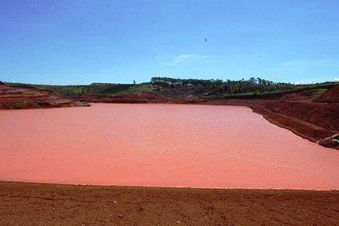 Không có chuyện vỡ hồ chứa bùn đỏ Nhà máy Alumin Nhân Cơ - Ảnh 1.