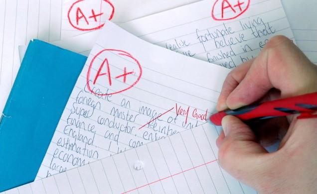 Hiệu trưởng cấm chấm điểm để tăng tự tin cho học sinh - Ảnh 1.