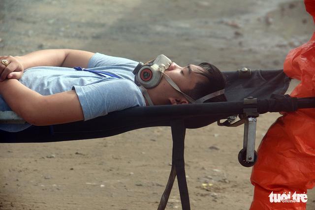 Huy động cảnh sát và quân đội xử lý sự cố rò rỉ hóa chất - Ảnh 5.