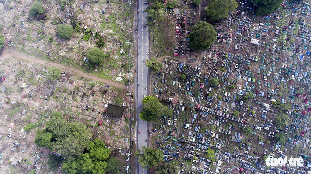Xe cộ Sài Gòn nhìn từ flycam - Ảnh 12.