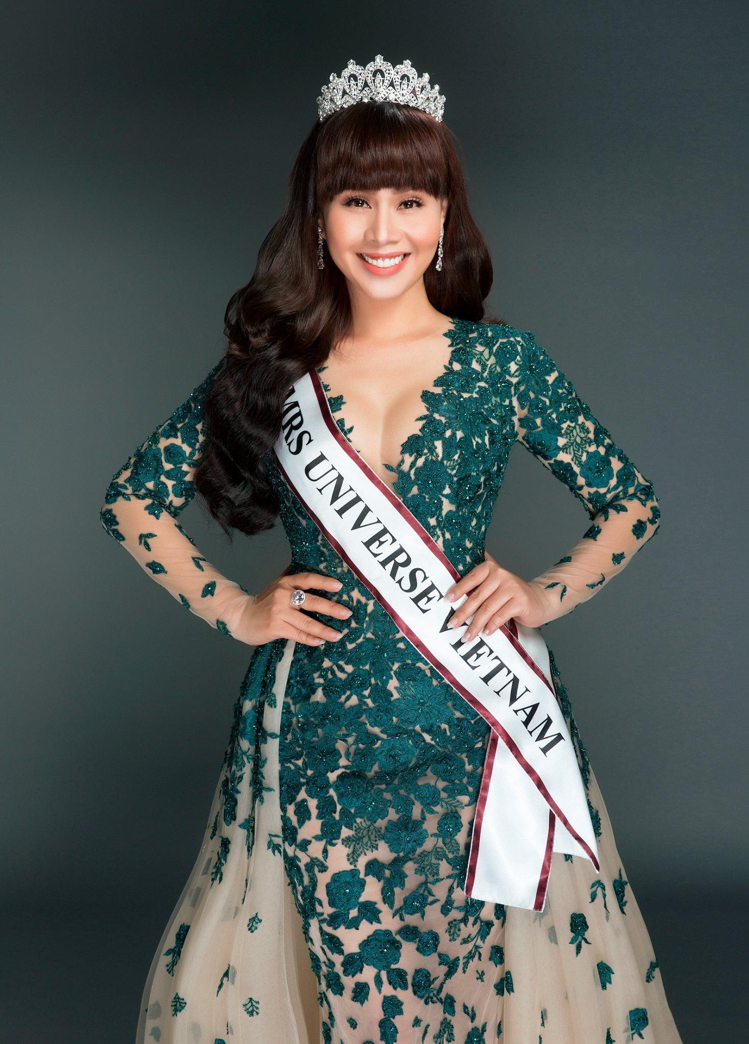 Vương miện Miss Earth Việt Nam nổi bật với 5 viên ngọc bích - Ảnh 2.