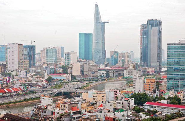 Thị trường bất động sản tại TP.HCM sẽ sôi động hơn vào cuối năm - Ảnh 1.